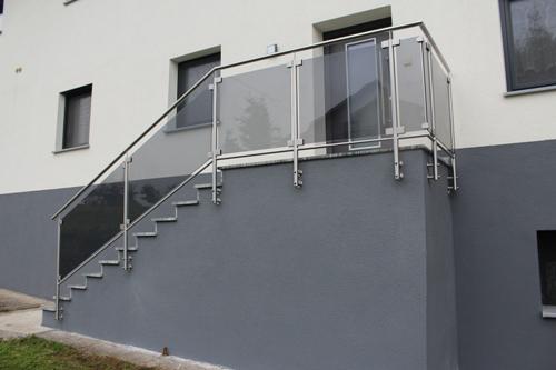 edelstahl gel nder. Black Bedroom Furniture Sets. Home Design Ideas