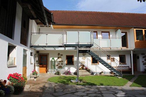 balkon holz wasserdicht kreative ideen f r innendekoration und wohndesign. Black Bedroom Furniture Sets. Home Design Ideas
